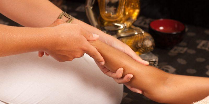 Ayurveda-Minden-Ganzkoerper-Massage